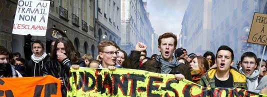 Manifestation contre le projet de loi El Khomri à Rennes, le 22 mars.