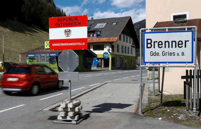 La frontière italo-autrichienne à Brenner le 12 avril 2016.