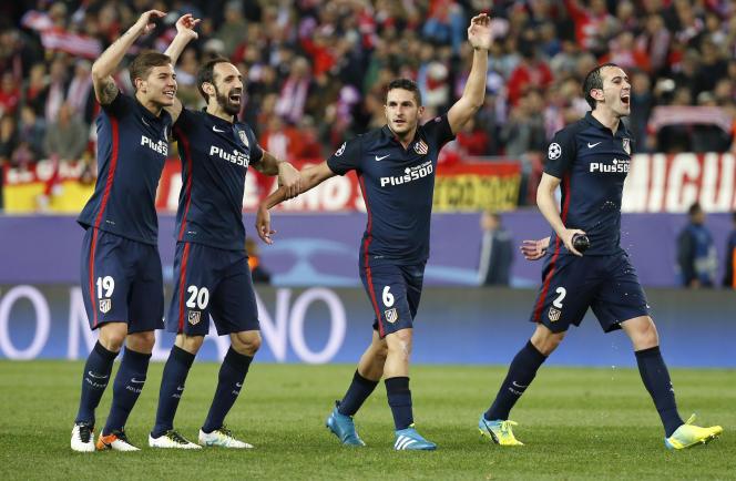 Lucas Hernandez et ses coéquipiers célèbrent leur qualification en demi-finales de Ligue des champions après leur victoire 2 buts à 0 face à Barcelone.