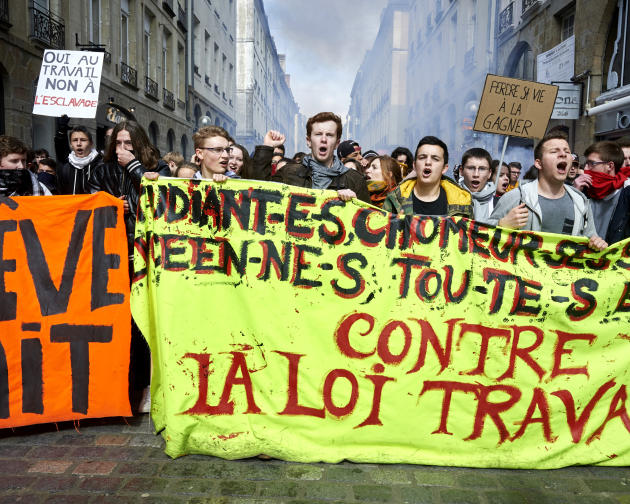 Manifestation d'étudiants et de lycéens contre le projet de loi travail, Rennes, le 22 mars 2016.