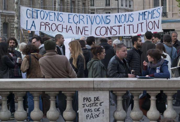 Place de la République, à Paris, le 13 avril 2016.