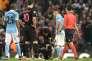Le milieu de terrain parisien Thiago Motta, blessé lors de la défaite (1-0) à Manchester City, mardi 12 avril.