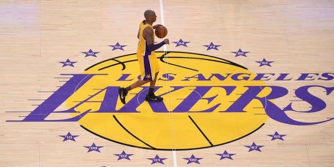 Kobe Bryant pour son dernier match avec les Lakers, le 13 avril.