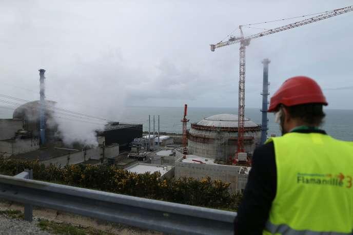 Sur le chantier de l'EPR de Flamanville, le 30 mars.