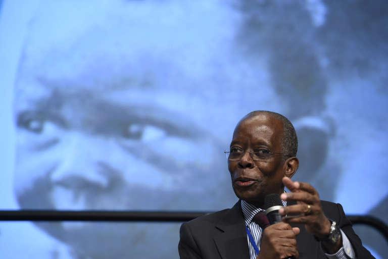 Le ministre de l'économie et des finances, Adriano Afonso Maleiane lors des assemblées de printemps de la Banque mondiale et du FMI à Washington, le 14 avril 2016.