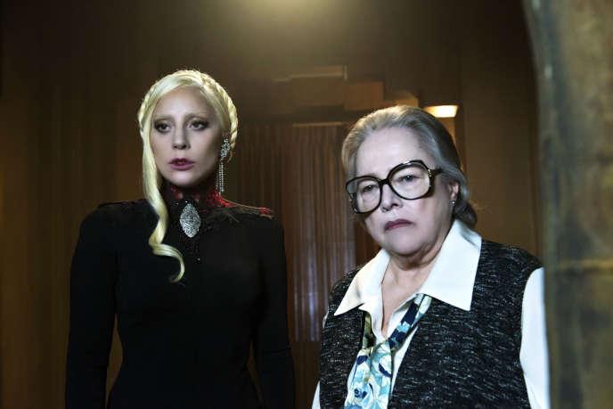 Lady Gaga et Kathy Bates dans la saison 5 de la série «American Horror History».