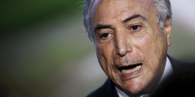 Avocat et homme politique né à Tietê (Etat de Sao Paulo) en 1940, Michel Temer est vice-président du Brésil depuis 2011.
