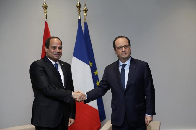 Francois Hollande et le président égyptien Abdel Fattah Al-Sissi, à Paris le 30 novembre 2015.