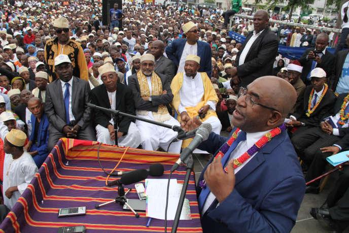 L'ancien putschiste Azali Assoumani, lors d'un meeting pour l'élection présidentielle, le  24 janvier 2016, à Moroni aux Comores.