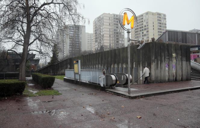 La station de métro Pablo Picasso, à Bobigny, le 3 décembre 2012.