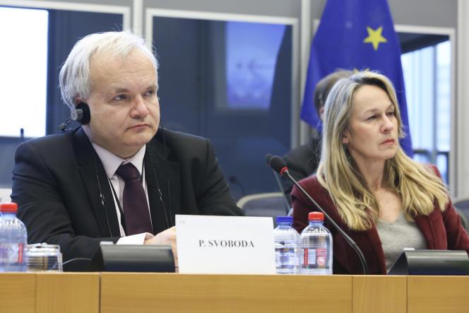 Auditions en commission pour la directive sur le secret des affaires, avec Pavel Svoboda (vice-président de la commission juridique) et Constance Le Grip (rapporteure du texte), le 20 janvier 2015.