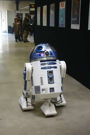 R2D2 à la Paris Comics Expo.