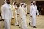 Le ministre saoudien du pétrole, Ali Al-Naïmi (premier plan, au centre) au sommet de Doha, le 17 avril.