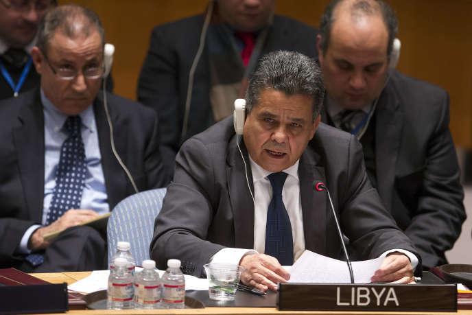 Le ministre libyen des affaires étrangères, Mohamed Dayri, lors d'une réunion du Conseil de sécurité des Nations unies sur la situation en Libye, à New York, le 18 Février 2015.