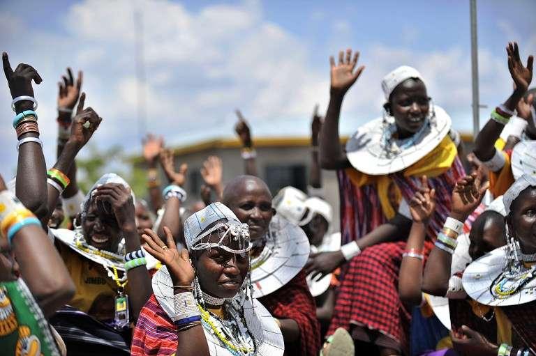 Des femmes masaï en octobre 2010, à environ 100 km à l'ouest d'Arusha.