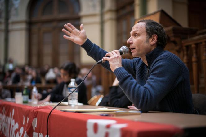Frédéric Lordon à la Bourse du travail, à Paris, le 12 avril 2016.