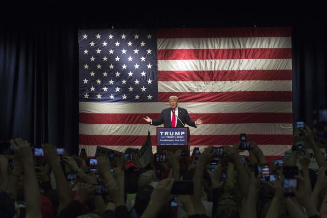 Trump  lors d'un meeting à Poughkeepsie, New York, le 17 avril 2016.