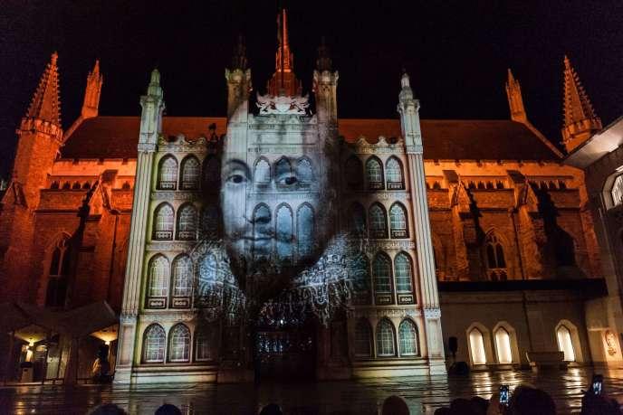 Spectacle son et lumière au Guildhall, à Londres, le 5 mars 2016.