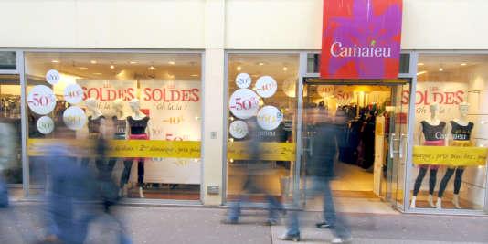 Boutique Camaïeu à Caen. Le groupe exploite aujourd'hui plus de 600 magasins en France.