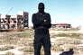 """Un membre des""""Masked Men"""" à Zouara, le 15 janvier."""