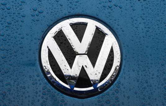 Le logo du constructeur automobile allemand Volkswagen, le 1er octobre 2015.