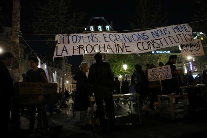 Nuit debout le 21 avril, place de la République à Paris.