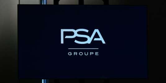 Le nouveau logo de PSA Peugeot Citroen le 5 avril 2016.