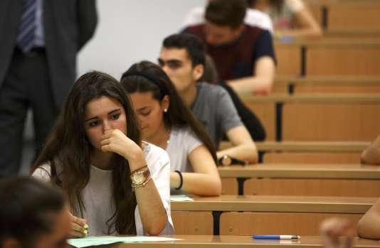 Les universités publiques espagnoles brillent par leur coût élevé.