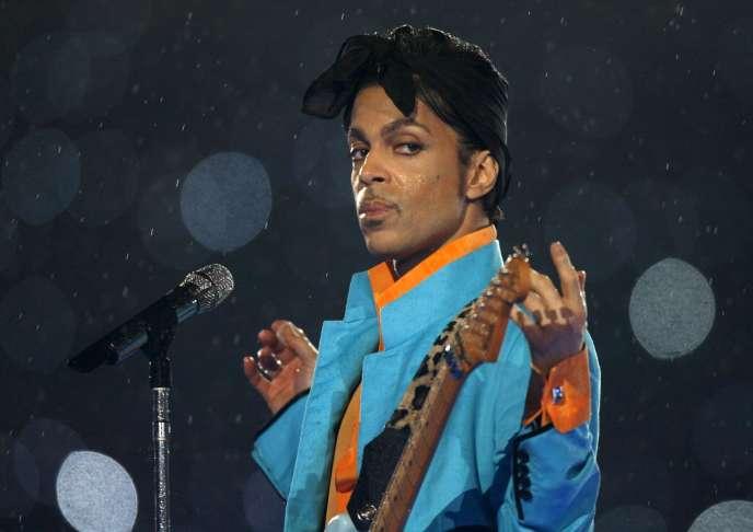 Selon la légende, Prince aurait entreposé des centaines voire des milliers de morceaux inédits.