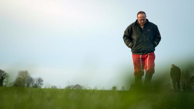Yannick Bodin, 40 ans, cultive avec son épouse 130 hectares en blé, orge, colza et maïs. Le couple élève également 75 vaches laitières.