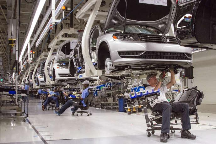 Chaîne de montage dans une usine Volkswagen à Chattanooga, dans l'Etat du Tennessee (Etats-Unis),  le 12 juillet 2013.