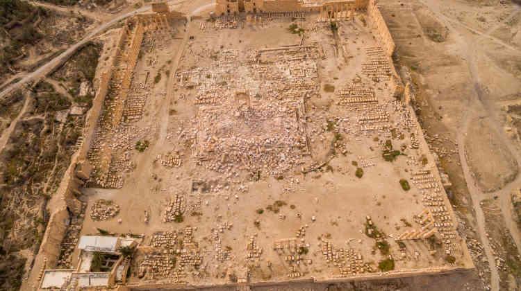 Sur ce zoom du temple de Bêl, on voit distinctement la cella centrale, ou chapelle du dieu, détruite par explosion, en août 2015, par les djihadistes de l'organisation Etat islamique.
