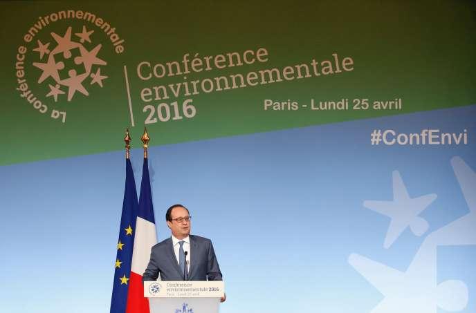 Le président de la République François Hollande a ouvert lundi 25 avril à l'Elysée la quatrième et dernière conférence environnementale du quinquennat.