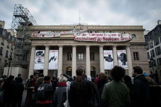 Le Théâtre de l'Odéon à Paris, occupé par des intermittents du spectacle, le24avril2016.