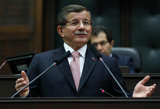 Le premier ministre turc, Ahmet Davutoglu, le 26avril.