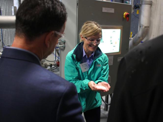 Visite de Carbon Engineering à Squamish, en Colombie-Britannique, le 9 octobre 2015. La société compte
