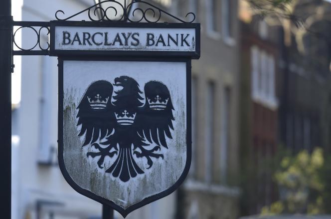 Depuis la crise en 2008, les grands établissements abandonnent progressivement leurs rêves de domination mondiale. C'est le cas de la Barclays, qui a réduit son bilan par deux.