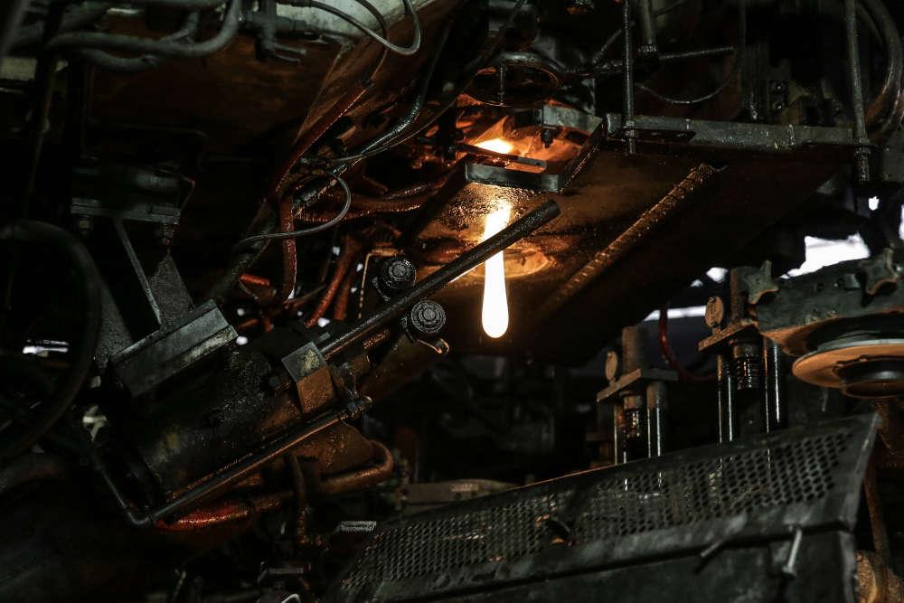 L'usine d'Arques emploie la moitié des effectifs du groupe Arc et fabrique 50 % de sa production. Les autres sites sont situés en Russie, en Arabie Saoudite, en Chine et aux Etats-Unis.