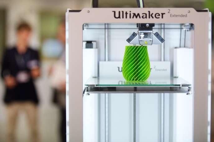 Une imprimante 3D à l'inauguration de la Cité de l'objet connecté d'Angers, en juin2015.