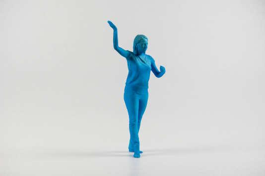 Statuette imprimée en 3D au laboratoire de fabrication numérique FabClub, à Paris en avril 2016.