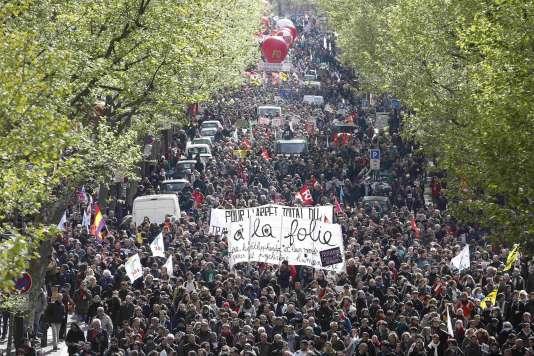 Manifestation contre la loi travail à Paris, le 28 avril.