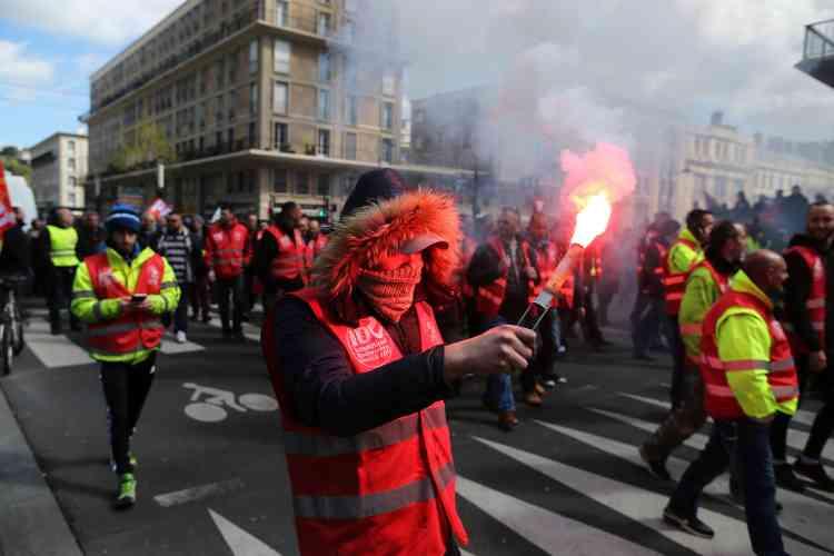 Dans une rue du Havre, le 28 avril.