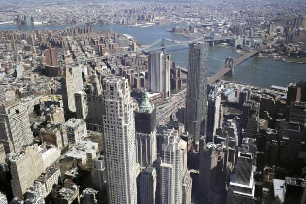 Vue sur l'East River depuis l'observatoire du World Trade Center.