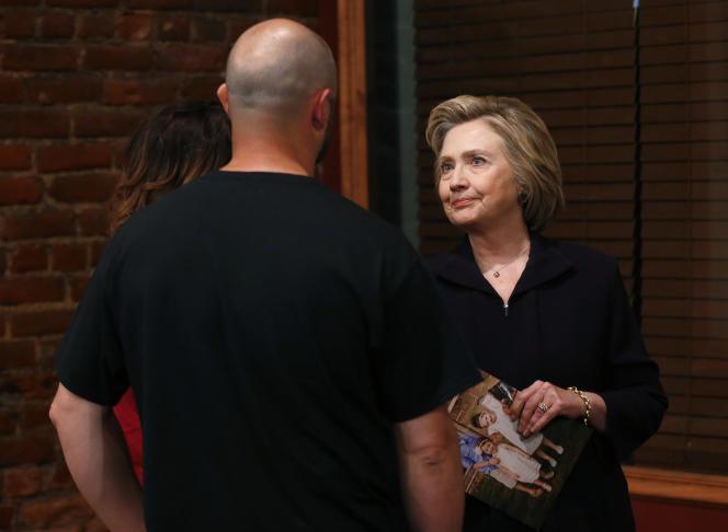 Pour certains républicains, une présidence Clinton serait plus gérable qu'une présidence Trump: non parce qu'ils soutiennent Hillary Clinton, mais parce qu'ils savent à qui ils ont affaire.