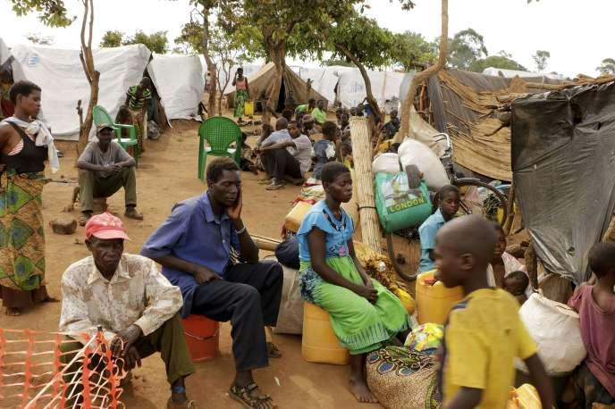 Réfugiés mozambicains au Malawi, en janvier 2015.