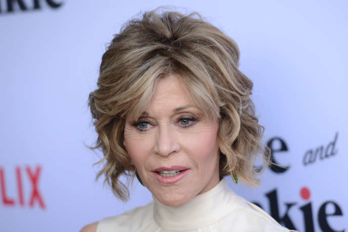 L'actrice Jane Fonda (ici à Los Angeles, le 1er mai 2016)a offert ses chaussures et surtout la Palme d'or pour sa carrière, reçue en 2007, pour la vente aux enchères organisée par Gilles Jacob.