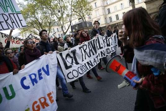 Manifestation pour le retrait de la loi travail le 3 mai.
