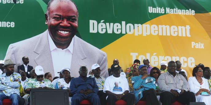 Une tribune de cadres du parti Parti démocratique gabonais (PDG) d'Ali Bongo lors d'une réunion en septembre 2012, à Libreville.
