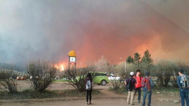 L'incendie à McMurray en Alberta le 3 mai.