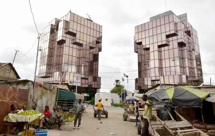 Le siège de la Compagnie ivoirienne d'électricité, à Treichville, une des dix communes d'Abidjan, le 3mai2016.